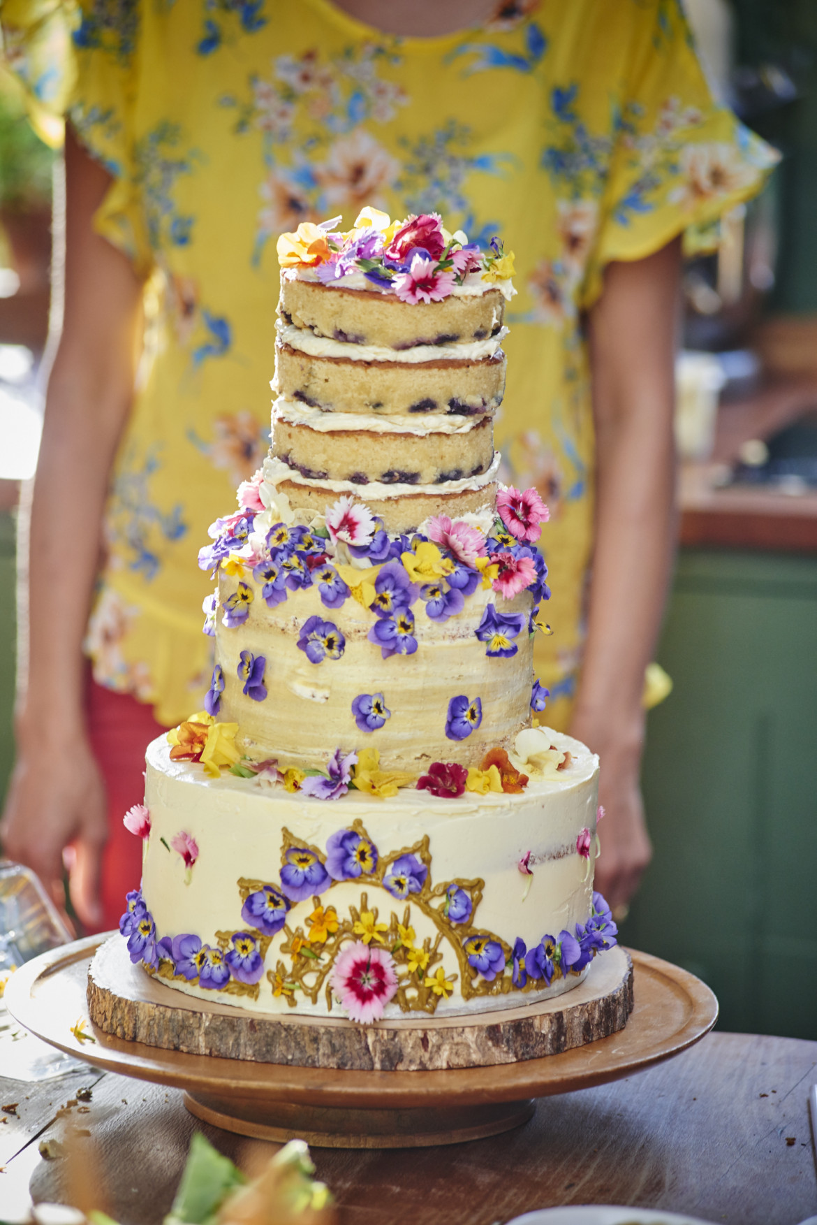 Magic of edible flowers chetna makan leave it to cool in the tin for 10 minutes before removing and then serve wedding cake assembly izmirmasajfo